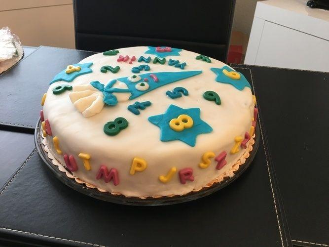 Makerist - Schulanfangs-Torte für Enkelkind - Torten, Cake Pops und Cupcakes - 2