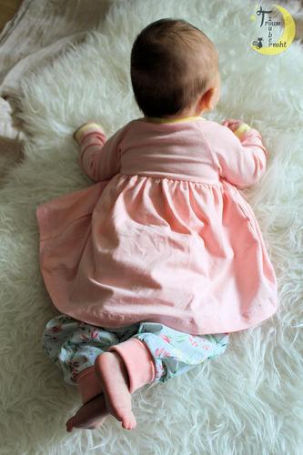 Makerist - Baby Set, diesmal getragen ♥ - Nähprojekte - 3