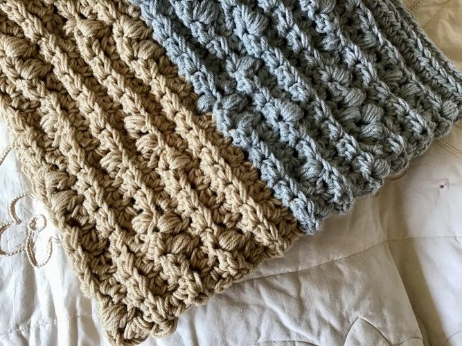 Makerist - The French Knot Throw - Crochet Showcase - 2