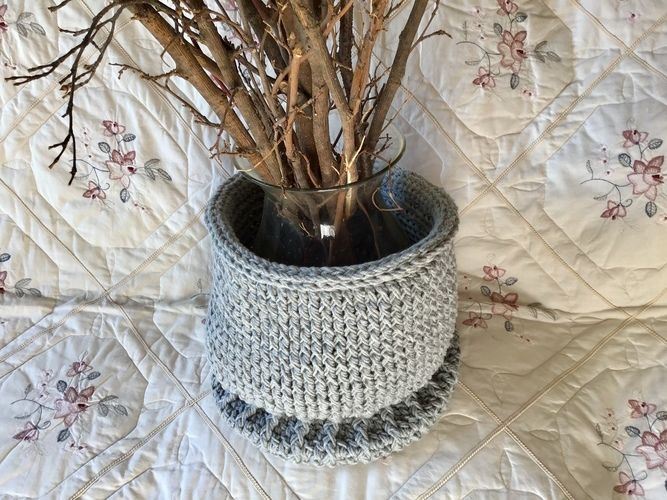 Makerist - The Hampton Pedestal Basket - Crochet Showcase - 3