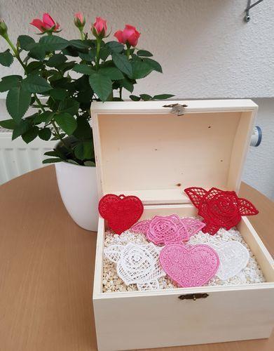 Makerist - Lace-Stickereien zur Hochzeit - DIY-Projekte - 1
