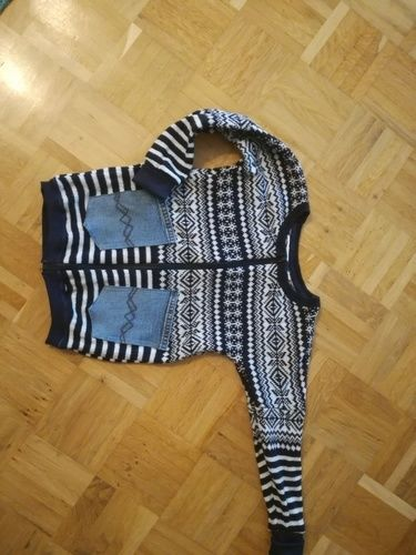 Makerist - Upcycling- Mein Pulli wird zum Kindercardigan - Nähprojekte - 1
