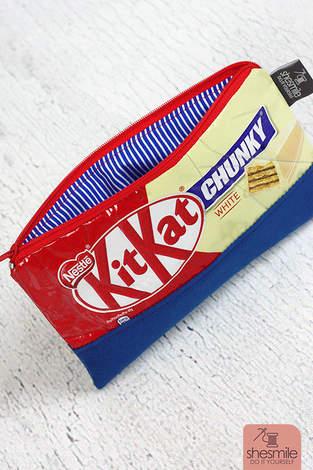 Makerist - Ein kleines Reißverschluss-Täschchen aus der leeren KitKat-Verpackung nähen - 1