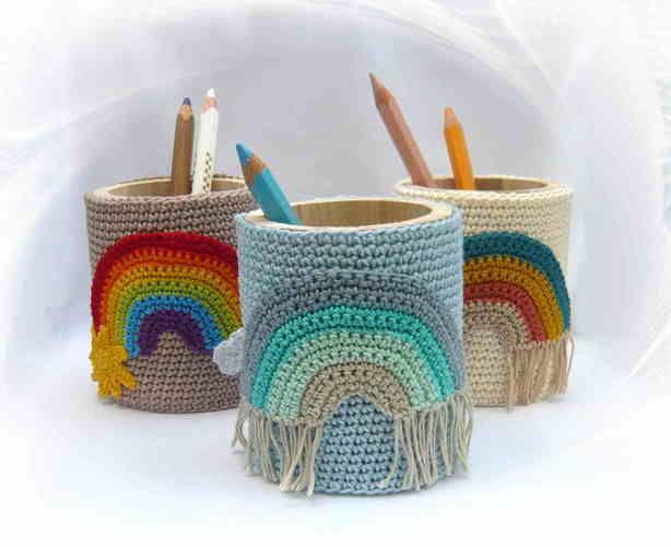 Makerist - Stiftebecher mit Regenbogen - Häkelprojekte - 1