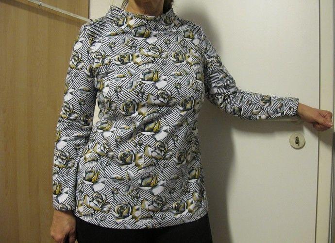 Makerist - Miss X Shirt mit Turtleneck Kragen und Destroy-Schultern - Nähprojekte - 1