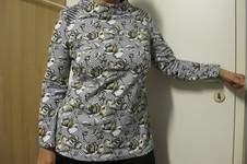 Makerist - Miss X Shirt mit Turtleneck Kragen und Destroy-Schultern - 1