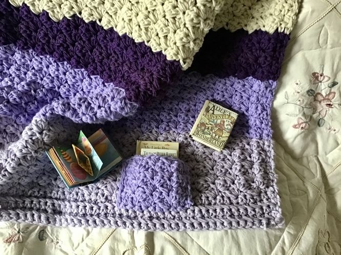 Makerist - The Storybook Blanket - Crochet Showcase - 1