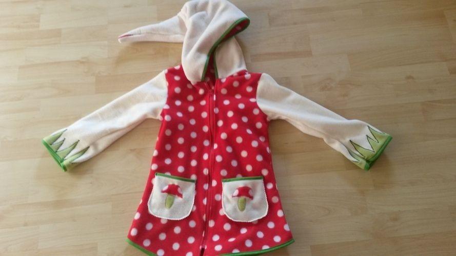Makerist - Wunderschöne Fliegenpilz Jacke aus Fleece für mein Töchterchen - Nähprojekte - 1