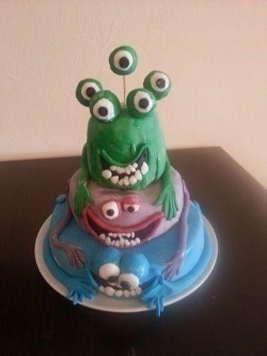 Makerist - Monster Torte für meine Nichte - Torten, Cake Pops und Cupcakes - 1