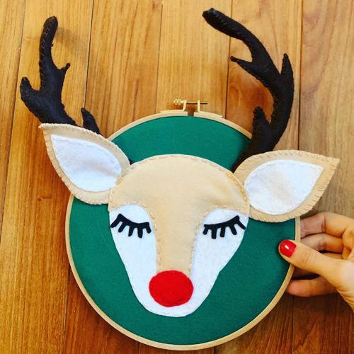 Makerist - Happy felt Reindeer Door Sign  - DIY Showcase - 3