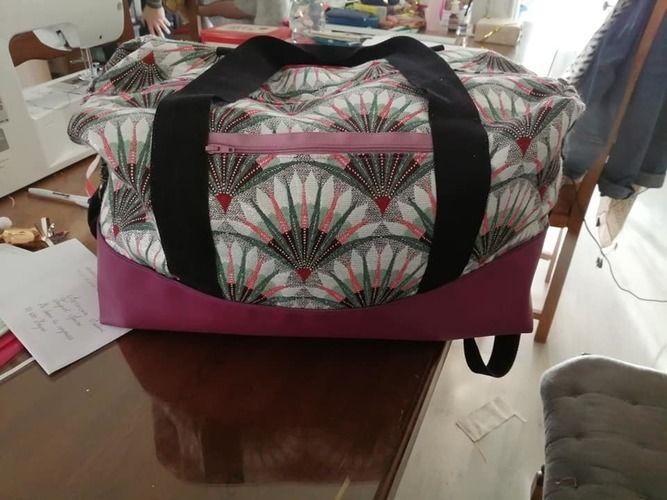 Makerist - Mon premier sac Georges en jacquard & simili cuir pour ma belle soeur. - Créations de couture - 2