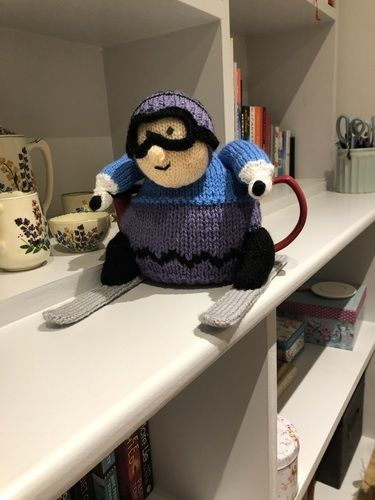 Makerist - Skier teacosy - Knitting Showcase - 1
