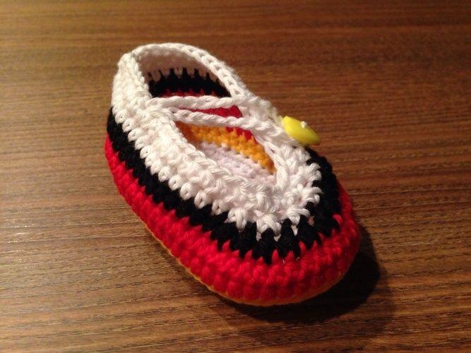 Makerist - Deutschland Fußball-Babyschuh für Mädchen - Häkelprojekte - 2