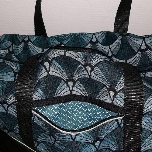 Makerist - Mon 1er sac georges ! En simili cuir noir et jacquard - Créations de couture - 2