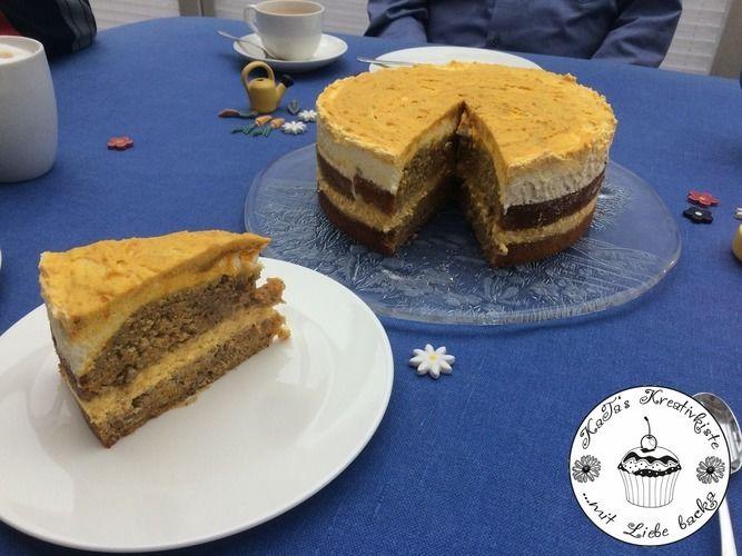 Makerist - Kürbistorte mit Walnüssen und Kürbis-Zimt-Creme - Torten, Cake Pops und Cupcakes - 1
