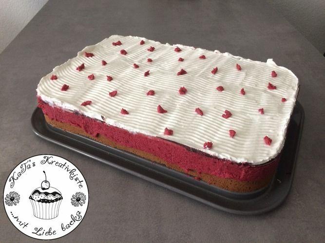 Makerist - Rhabarber-Donauwelle  - Torten, Cake Pops und Cupcakes - 1