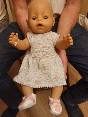 Makerist - Puppenkleid  - Strickprojekte - 1