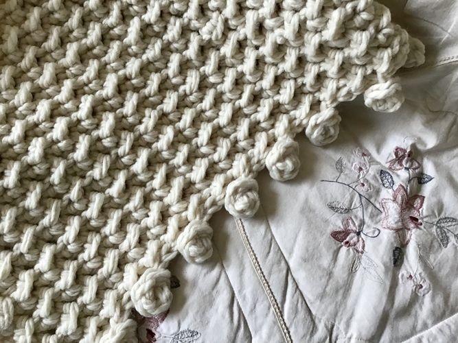 Makerist - Seashells and Pearls Throw  - Crochet Showcase - 1
