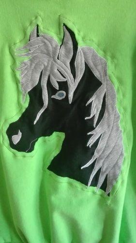 Makerist - Pulli für ein Pferdemädchen - Nähprojekte - 1