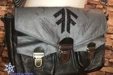Makerist - Fan-Tasche aus Köper & Leder - 1