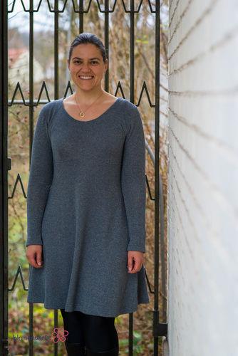 Makerist - Festtagskleid aus Glitzer-Sommersweat - Nähprojekte - 2