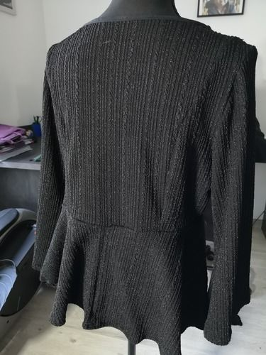 Makerist - Top Hannah en maille noir brillant - Créations de couture - 2