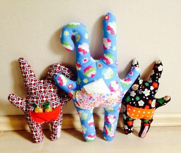 Makerist - Monsterkissen mit kleiner Tasche auf dem Po aus Baumwollstoff für Mädchen und Jungen - Nähprojekte - 2