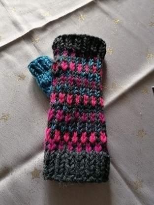 Makerist - Armstulpen für Enkelin - 1