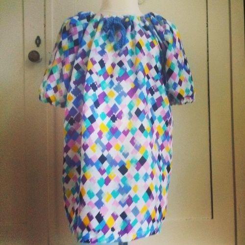 """Makerist - Kleid im """"80er"""" Style mit Häkelschleife für Mädchen von 3-5 Jahre - Nähprojekte - 1"""