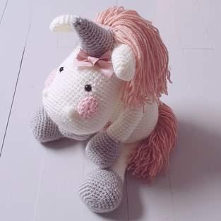 Makerist - Peluche Licorne à crocheter pour soi, pour offrir ou décorer - 1