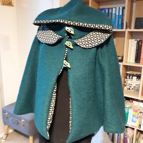 Makerist - Cape à capuche en laine bouillie  - Créations de couture - 1