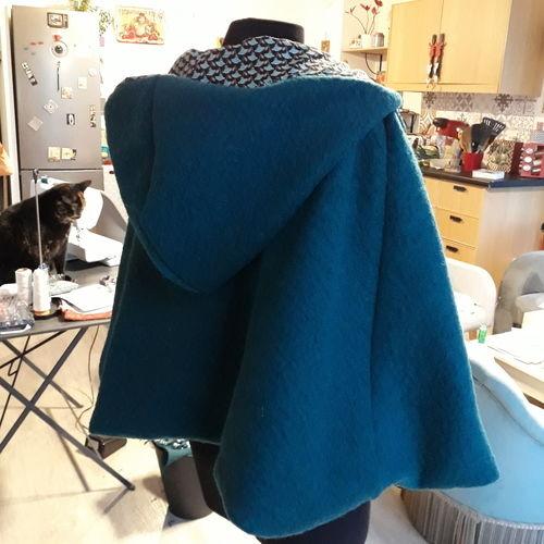 Makerist - Cape à capuche en laine bouillie  - Créations de couture - 2