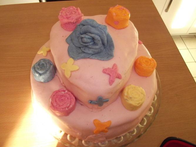 Makerist - Geburtstagstorte - Torten, Cake Pops und Cupcakes - 2