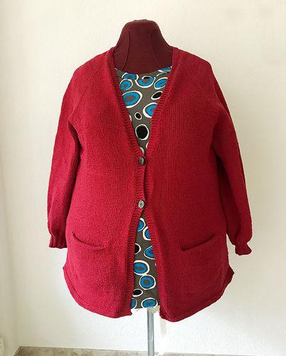 Makerist - Cardigan gestrickt aus dunkel roter Wolle - Strickprojekte - 1