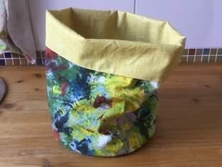 Makerist - Mein Utensilo, aus Stoff und Wachstuch genäht...für wen? Ich weiß es noch nicht! - 1