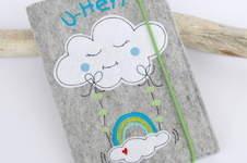 Makerist - Süße Uhefthülle mit Wolkenschaukel - 1