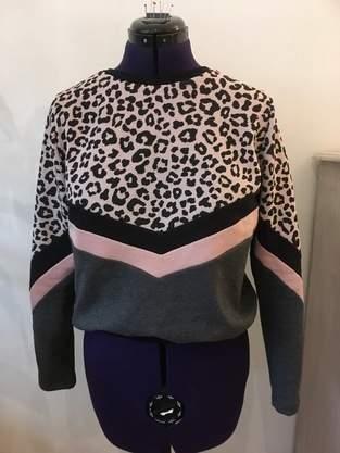 Makerist - Kapuzenshirt Riley mit Color blocking - 1