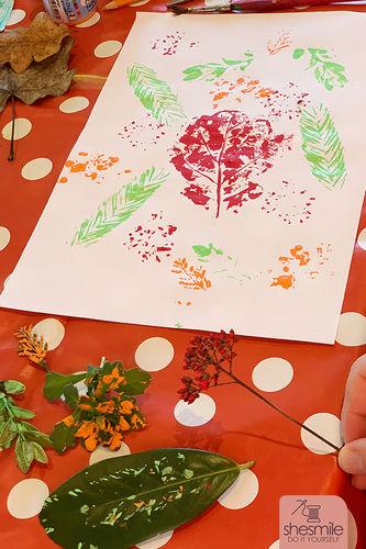 Makerist - Geschenkanhänger und Geschenkpapier mit Blätterdruck gestalten - DIY-Projekte - 2