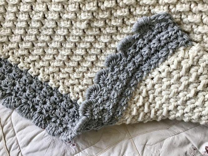 Makerist -  Crystal Mountain Throw  - Crochet Showcase - 3