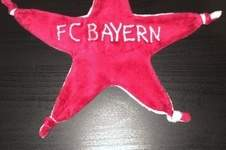 Makerist - Schmusetuch - FC Bayern Schmusestern (mit Namen) - 1