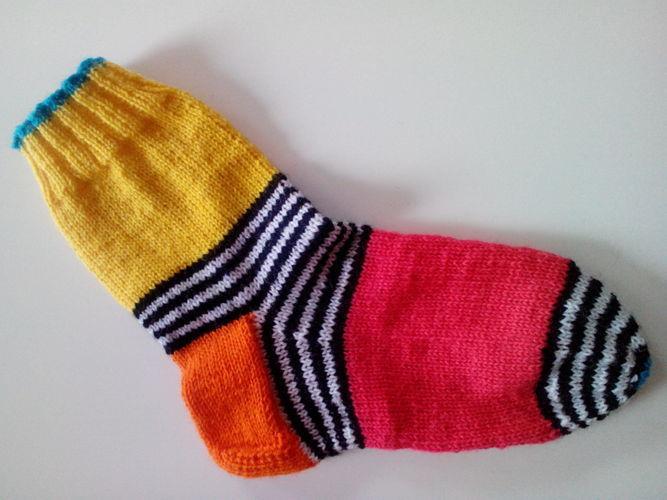 Makerist - Papagei-Socken - Strickprojekte - 1