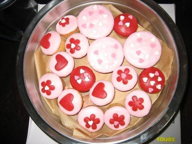 Makerist - Hochzeitsmuffins, Rollfondant Cover - Torten, Cake Pops und Cupcakes - 1