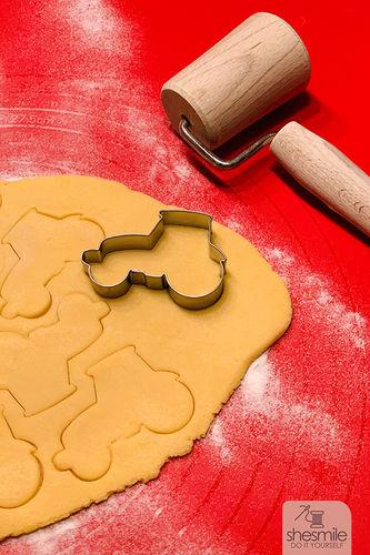 Makerist - Traktor-Plätzchen und Rüblikuchen zum 2. Geburtstag backen (Backidee mit Lieblingsrezept) - Torten, Cake Pops und Cupcakes - 3