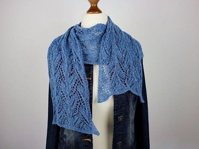 Makerist - Sapphire Scarf - Knitting Showcase - 3