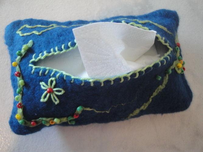 Makerist - Täschchen für Papiertaschentücher gefilzt - DIY-Projekte - 2