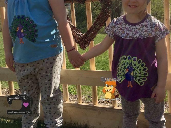 Makerist - Plottdatei Pfau von Biberwerke auf die Shirts von meinen Mädels - Textilgestaltung - 1