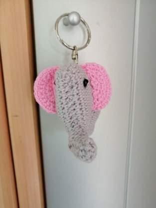 Makerist - Elephanteau porte clé - 1