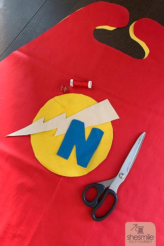 Makerist - Einen Superhelden-Umhang für Kinder nähen! - Nähprojekte - 3