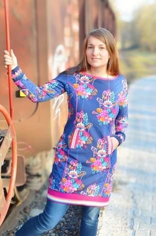Kleid Brilliant aus Sweat mit versetzten Taschen