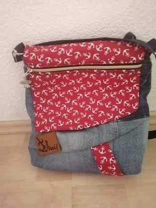 Tasche Dena aus einem alten Jeansrock